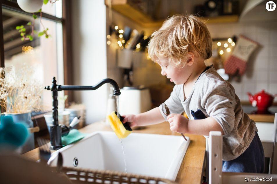 En Finlande, on enseigne les tâches ménagères aux filles et aux garçons