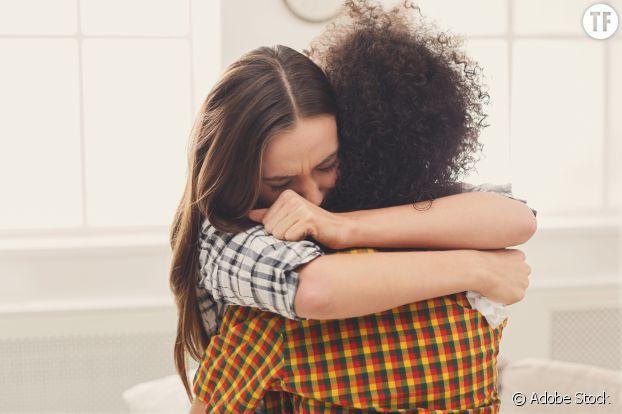 Câlins de l'amitié et excuses sororales.