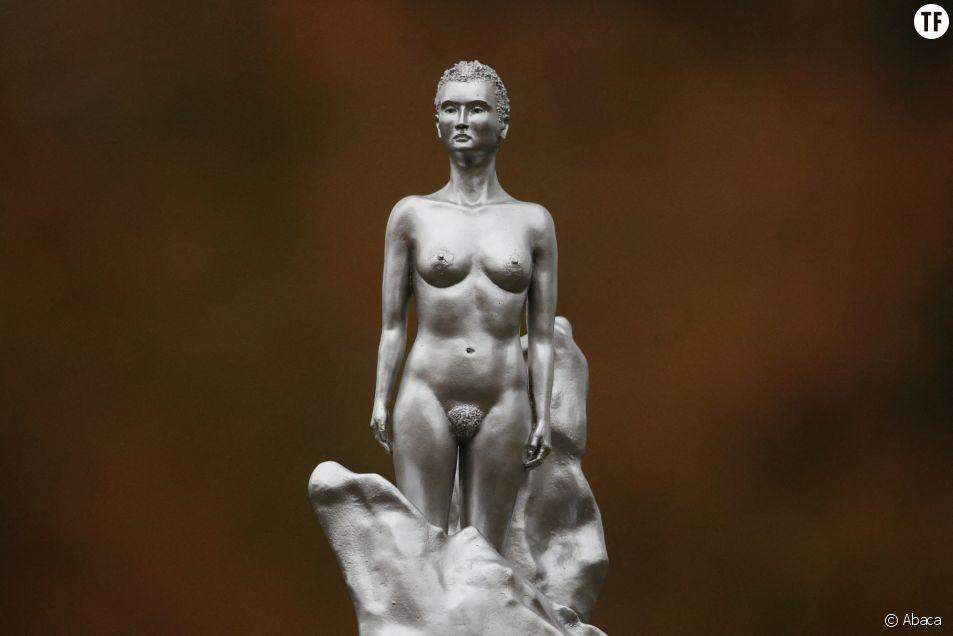 Pourquoi la statue en hommage à la féministe Mary Wollstonecraft crée un tollé à Londres