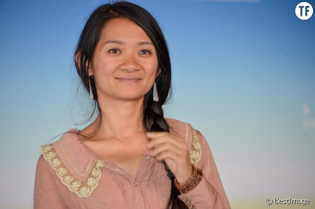 """La réalisatrice et scénariste Chloé Zhao, autrice du film """"Nomandland"""", couronné par le Lion d'or à Venise en 2020."""