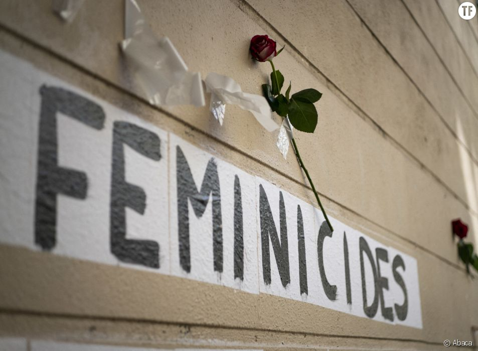 """Collage du collectif """"Collages Feminicides Paris"""" le 31 août 2020 à Paris"""