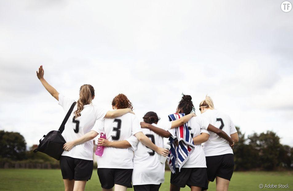 """Foot féminin : La """"punition"""" de cet entraîneur ? Coacher une équipe féminine"""