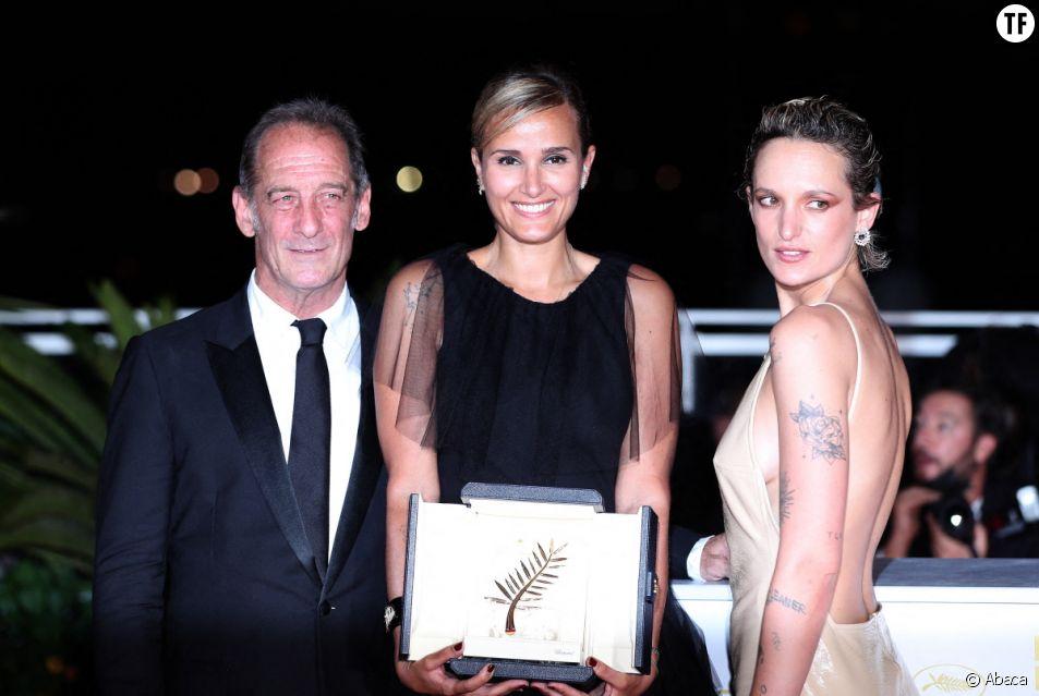 A Cannes, le sacre réjouissant et exceptionnel de la réalisatrice Julia Ducournau