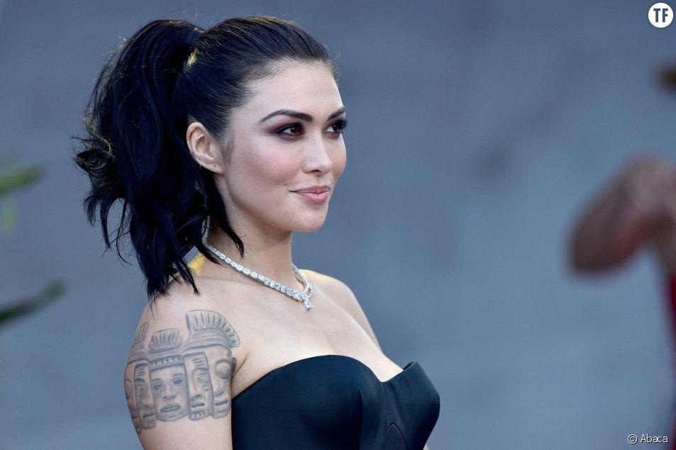 """Daniella Pineda pas assez """"sexy"""" pour la série Netflix """"Cowboy Bebop"""" ? Elle réplique"""