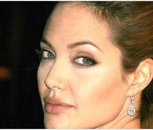 Angelina Jolie : La belle rebelle - vidéo