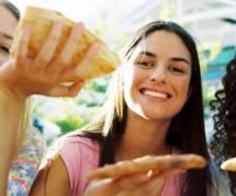 Nutrition : les 18-25 ans mangent mal