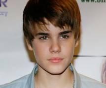 Justin Bieber se tatoue Jésus sur le mollet