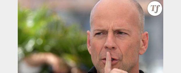 Bruce Willis joue au héros pour Demi Moore