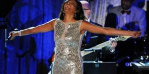 Whitney Houston : voir en direct live streaming son enterrement