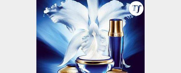 GuerlainUne Et Du À La Parfum Tradition Maison Française Entre b6vfY7gy