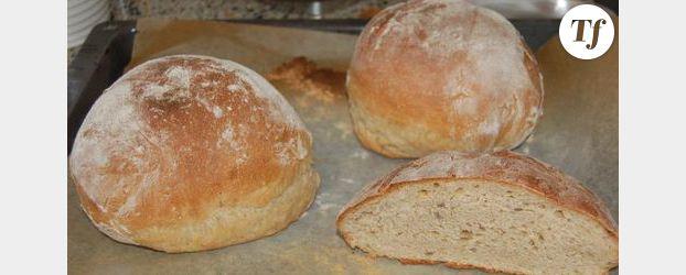 Comment bien couper le pain fait maison - Comment bien decongeler du pain ...