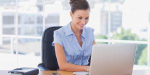 7 façons de se distraire (discrètement) au bureau