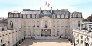 Passation de pouvoir en direct : Hollande officiellement président de la République