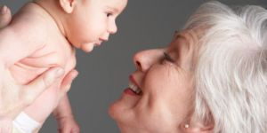 Le boom des mamies-sitters