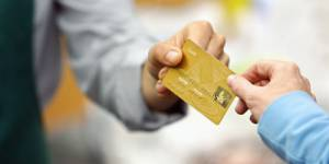 Une croissance limitée et un pouvoir d'achat en berne pour 2012