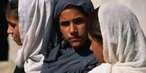 Afghanistan : des femmes manifestent pour leurs droits