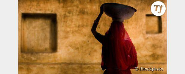 Inde : et si les hommes reversaient une part de leur salaire aux femmes au foyer ?