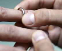 Mariage gay, adoption et PMA : que dit la loi aujourd'hui ?