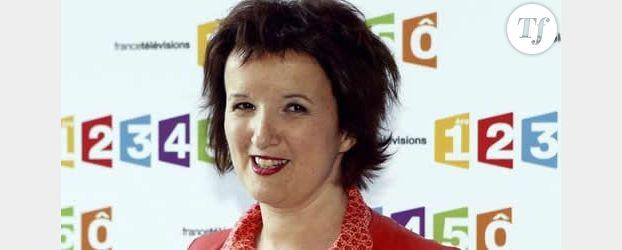 Anne Roumanoff : la dame en rouge et ses garçons perdent leur quotidienne sur France 2