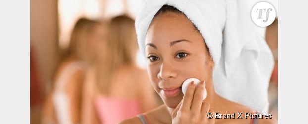 Eau micellaire, lotion tonique, eau thermale : quels cosmétiques pour un démaquillage en règle ?