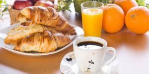 Ne pas petit-déjeuner incite à manger gras