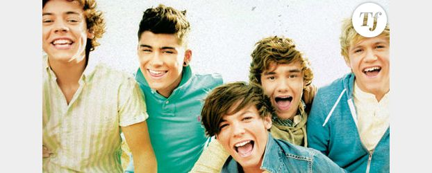 One Direction chante « Live while we're young » pour X Factor - Vidéo