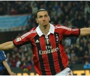 Zlatan Ibrahimovic ne parle pas au Grand Journal - Vidéo