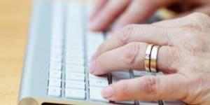 Femmes seniors et e-commerce : des retraitées hyper-branchées