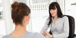 Entretien annuel d'évaluation : les secrets pour négocier son salaire et des primes