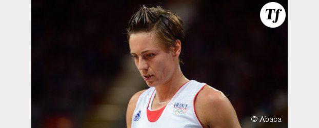 """Qui est Céline Dumerc, première femme élue """"sportif de l'année"""" ?"""