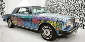 Eric Cantona vend sa Rolls Royce à 125 000 euros pour la Fondation Abbé Pierre