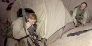 Armée américaine, syrienne, ivoirienne : les femmes montent au front