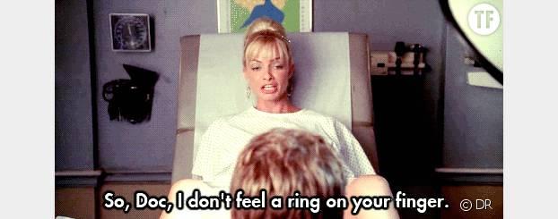 """""""Alors, Doc, je ne sens pas d'alliance sur votre doigt..."""""""