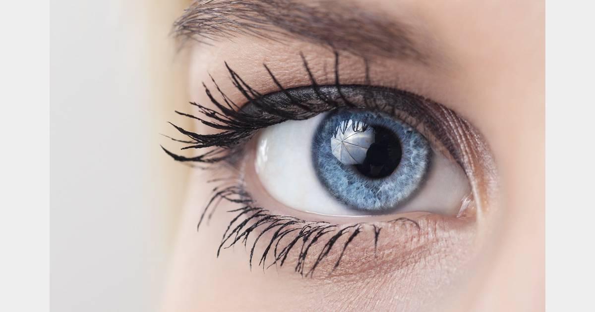 Transformer des yeux marrons en yeux bleus c 39 est maintenant possible terrafemina - Brun au yeux bleu ...