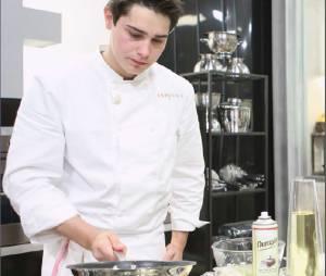 Top Chef 2015 : la recette du soufflé au fromage de Ludovic Lefebvre (vidéo)