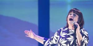 Eurovision 2015 : la fille de Lisa Angell prend sa défense