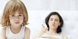10 choses horribles qu'on fait à ses enfants sans culpabiliser (ou alors vraiment un tout petit peu)