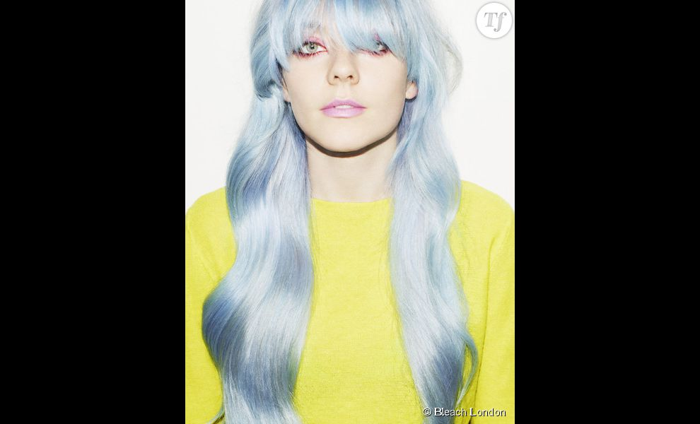 "Les cheveux bleu pastel "" Super Cool Colour Blullini"" de Bleach London"