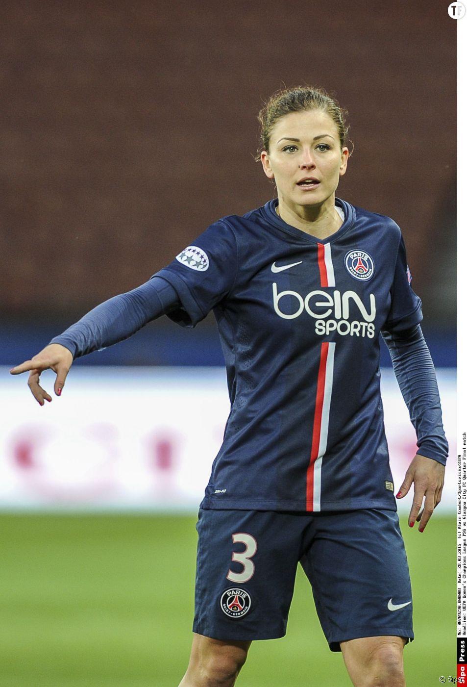 Laure Boulleau, latérale gauche du PSG et de l'équipe de France de football.