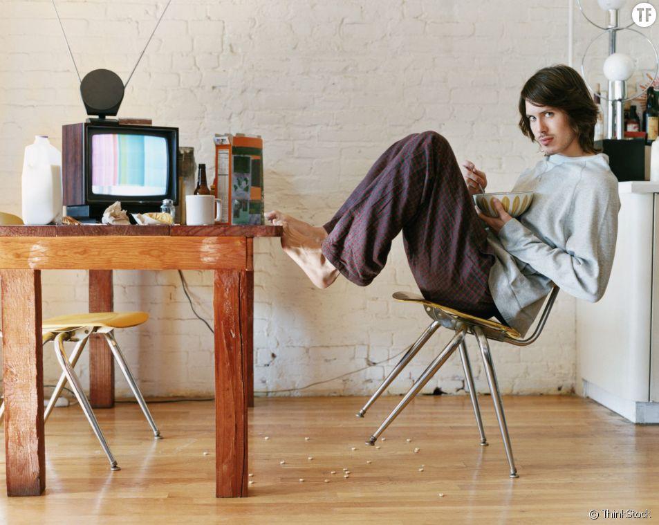 A cette heure, votre homme est peut-être chez vous en train d'avaler vos céréales préférées devant la télé.