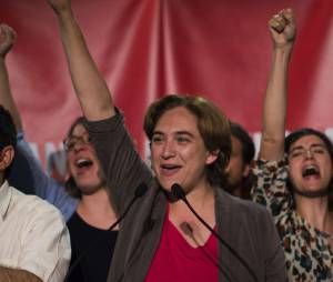 """Ada Colau, une femme """"Indignée"""" à la tête de Barcelone"""