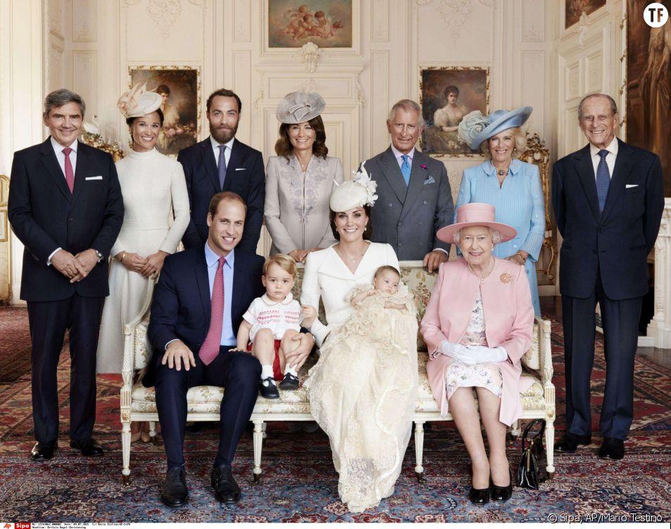 La famille royale et le clan Middleton immortalisés par Mario Testino