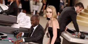 Lily-Rose Depp : ses photos persos des coulisses du défilé Chanel à Paris
