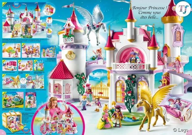 """Rose pastel, princesses aux longs cheveux et princes charmants... La gamme Lego """"Friends"""" exclusivement dédiée aux petites filles"""