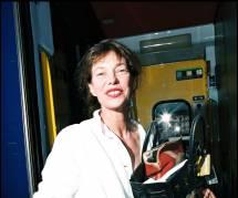 Jane Birkin : elle demande à ce qu'Hermès débaptise le sac à son nom en soutien aux crocos