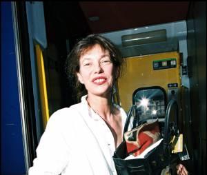 Jane Birkin et le sac portant son nom.
