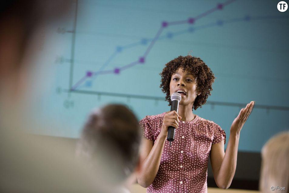 Les femmes dirigeantes sont-elles perçues différemment des hommes ?