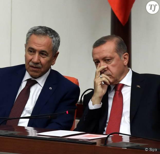 Bulent Arinc, à gauche, en compagnie du président turc Recep Tayyip Erdogan.