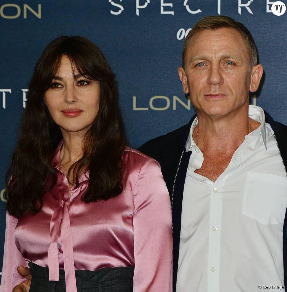 """Daniel Craig et Monica Bellucci présente le film """"007 Spectre"""" à Londres"""