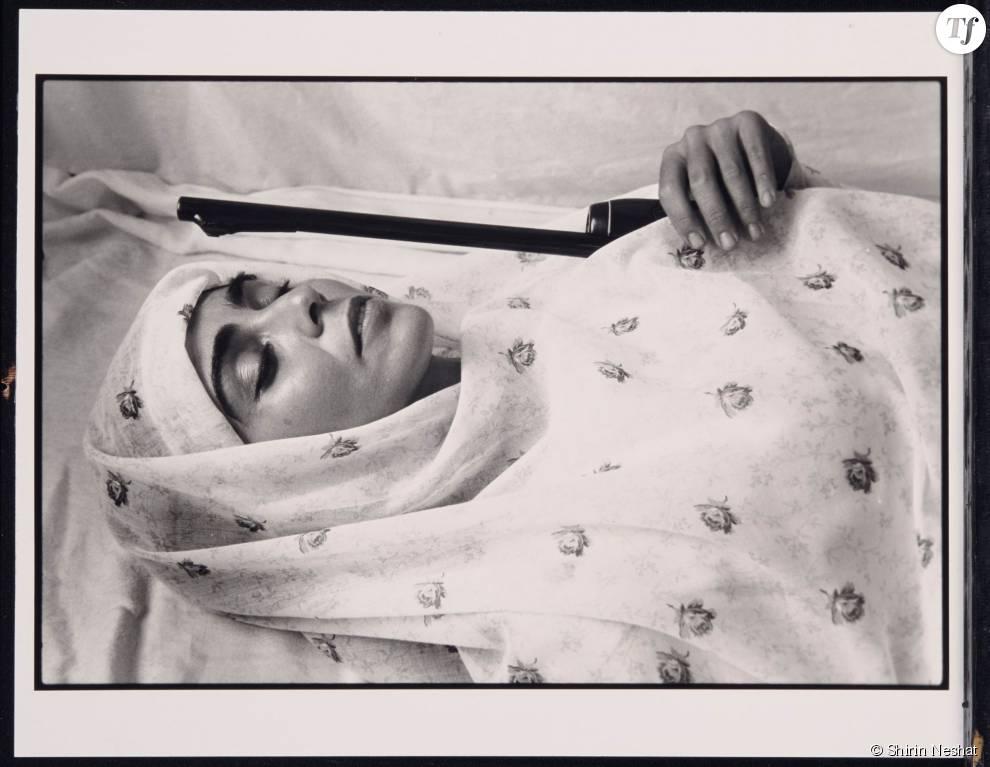 Shirin Neshat, Face to face with God, série women of Allah, 1995